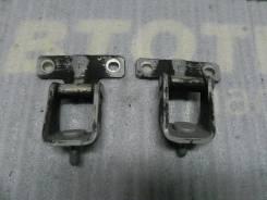 Петля двери багажника Outlander XL CW4W 4B11