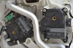 Сервопривод заслонок печки. Lexus IS250, GSE20, GSE25, GSE21