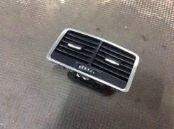Решетка вентиляционная. Audi A6, 4F2/C6, 4F5/C6