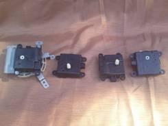 Сервопривод заслонок печки. Nissan: GT-R, Infiniti FX45/35, Dualis, Infiniti G35/37/25 Sedan, Qashqai+2, Presage, Infiniti G37 Convertible, Infiniti M...
