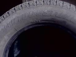 Bridgestone. Зимние, без шипов, 2012 год, износ: 60%, 2 шт
