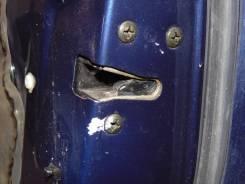 Замок двери. Mazda Capella, GWEW Двигатель FSDE