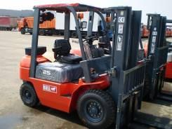 Bull. Вилочный погрузчик BULL FD25DE, дизель Deutz, 4,8м, своб. ход, сайдшифт, 2 500 кг.