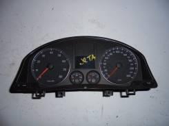Панель приборов. Volkswagen Jetta