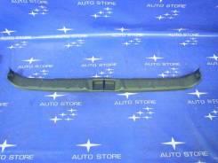 Панель замка багажника. Subaru Forester, SF5, SF9 Двигатели: EJ20, EJ201, EJ202, EJ203, EJ204, EJ205, EJ20A, EJ20E, EJ20G, EJ20J, EJ25, EJ251, EJ253...
