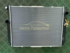 Радиатор охлаждения двигателя. Toyota Regius Ace, KZH100, KZH132, KZH110, KZH106, KZH116, KZH138, KZH126, KZH120 Toyota Hiace Двигатель 1KZTE