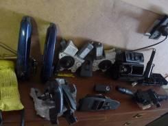 Пепельница. Toyota Avensis, AZT255, ZZT251, AZT250, ADT251, AZT251, ADT250, CDT250, ZZT250 Двигатели: 2AZFSE, 1ZZFE, 1CDFTV, 1AZFE, 3ZZFE, 2ADFTV, 1AD...
