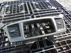 Панель салона. Toyota Voxy, AZR65 Двигатель 1AZFSE