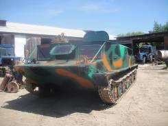 Гусеничный тягач, 1990. Продам гученичный тягач, 2 494 кг., 7 000,00кг.