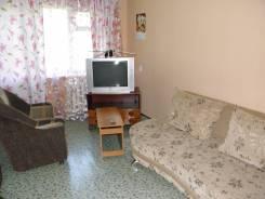 3-комнатная, улица Вокзальная 37/4. Центральный, частное лицо, 60 кв.м. Комната