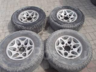 Продам комплект колес на джип. 7.0x16 6x139.70 ET10