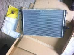 Радиатор охлаждения двигателя. Audi A3 Audi S3