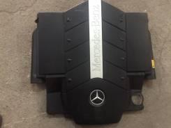 Крышка двигателя. Mercedes-Benz S-Class, W220