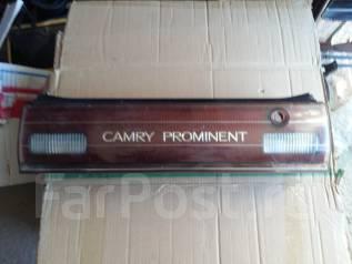 Планка под фонарь. Toyota Camry