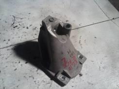 Кронштейн опоры двигателя, левый