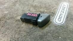 Кнопка включения аварийной остановки. Toyota Camry Gracia, SXV25, MCV25, SXV20, MCV21