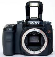 Sony Alpha DSLR-A100. 10 - 14.9 Мп, зум: без зума