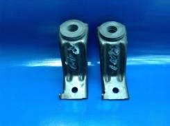 Крепление радиатора. Honda Stream, UA-RN5, UA-RN3, LA-RN4, CBA-RN5, LA-RN3, LA-RN2, ABA-RN4, RN3, LA-RN1, CBA-RN3, UA-RN1, CBA-RN1, ABA-RN2 Двигатели...