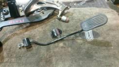 Педаль газа. Toyota Camry Gracia, MCV21, MCV21W, MCV25, MCV25W, SXV20, SXV20W, SXV25, SXV25W