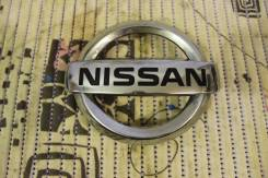 Эмблема решетки. Nissan Juke, YF15 Двигатель HR16DE