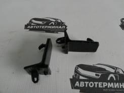 Крючок крепления коврика Mitsubishi Lancer X CY2A 4B10 11