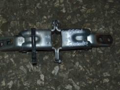 Крепление боковой двери. Mazda Bongo Friendee, SGEW Двигатель FEE