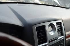 Панель приборов. Chrysler 300C