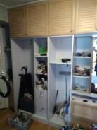Шкафы распашные.