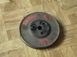 Шкив помпы. Mazda Demio, DW3W Двигатель B3E