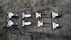 Крепление боковой двери. Lexus LS430, UCF30 Toyota Celsior, UCF30, UCF31 Двигатель 3UZFE