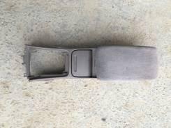Подлокотник. Nissan Laurel, SC35