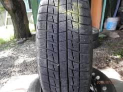 Bridgestone Blizzak Revo2. Всесезонные, 2013 год, износ: 10%, 2 шт