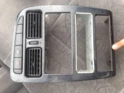 Консоль панели приборов. Toyota Avensis