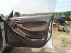 Обшивка крышки багажника. Toyota Camry Prominent, VZV30