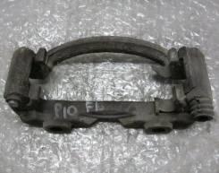 Скоба суппорта. Nissan Primera, P10, P10E
