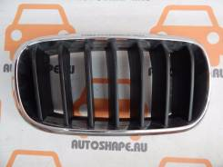 Решётка радиатора BMW X5, правая