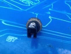 Датчик давления масла. Nissan Sunny, FB15 Nissan Almera Двигатели: QG15DE, QG16