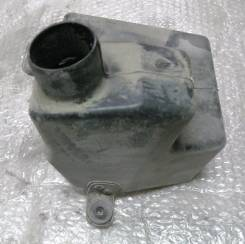 Резонатор воздушного фильтра. Kia Spectra