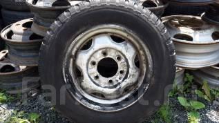 Продам шину с диском. x15.5 6x139.70