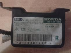 Датчик airbag. Honda Jazz Honda Mobilio Spike, CBA-GK2, LA-GK2, LA-GK1, CBA-GK1 Honda Mobilio, DBA-GB1, LA-GB1, UA-GB1, CBA-GB1, DBA-GB2, LA-GB2 Honda...