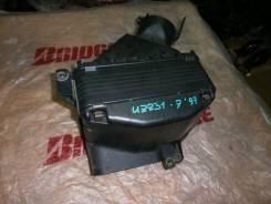 Корпус воздушного фильтра. Toyota Soarer, UZZ31 Двигатель 1UZFE