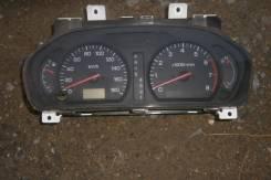 Панель приборов. Mitsubishi Chariot Grandis, N94W Двигатель 4G64
