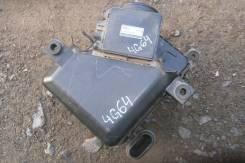 Корпус воздушного фильтра. Mitsubishi Chariot Grandis, N94W Двигатель 4G64