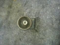 Подушка двигателя. Toyota Vitz, SCP10, SCP11 Двигатель 1SZFE