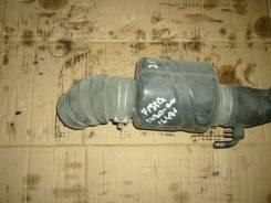 Патрубок воздухозаборника. Toyota Vista, CV30 Двигатель 2CT