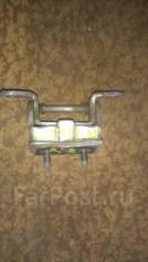 Крепление двери. Nissan Maxima, CA33 Nissan Cefiro, A33, PA33 Двигатели: VQ20DE, VQ30DE, VQ25DD