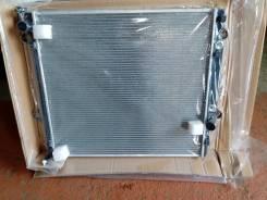 Радиатор охлаждения двигателя. Lexus GX470