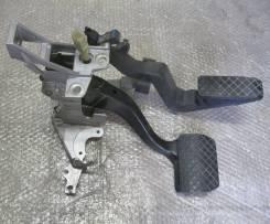 Педаль. Audi A6, C5