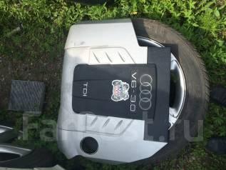 Крышка двигателя. Audi Q7