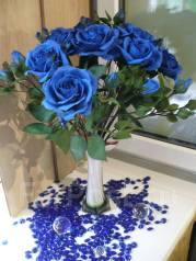 Шикарные синие розы ручной работы. Под заказ